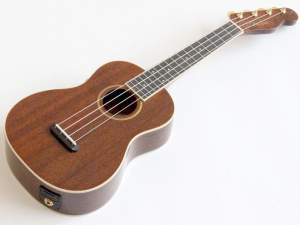 Fender ( フェンダー ) Grace VanderWaal Signature Ukulele【グレース・ヴァンダーウォール シグネイチャーコンサート ウクレレ KH】