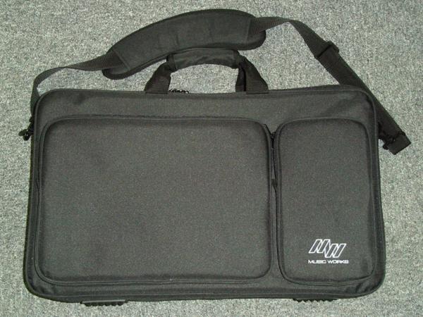 Music Works Effector Bag'N Board EBB1-L / BK 【使いやすいキャリングバッグ発売 ! 】