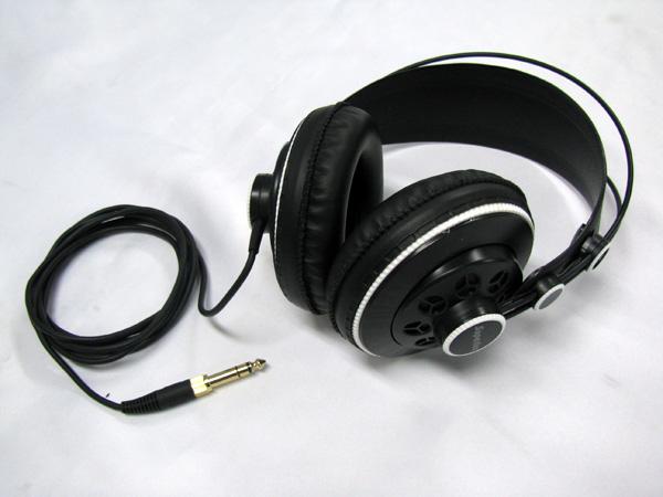 Superlux ( スーパーラックス ) HD681F ( セミオープンタイプ ) ◆広くフラットな周波数特性のヘッドフォン