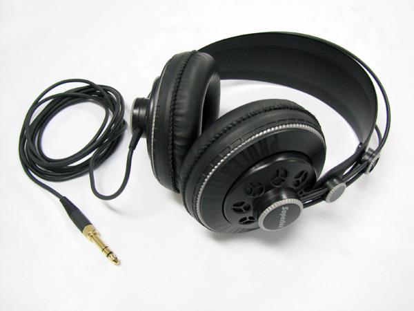 Superlux ( スーパーラックス ) HD681B