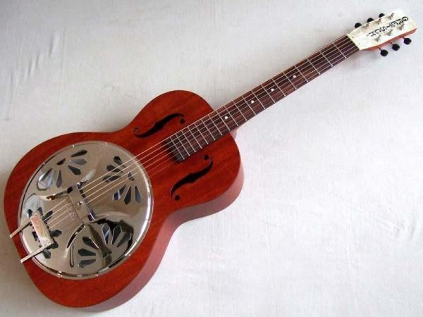 GRETSCH ( グレッチ ) G9200 Boxcar Round-Neck Resonator