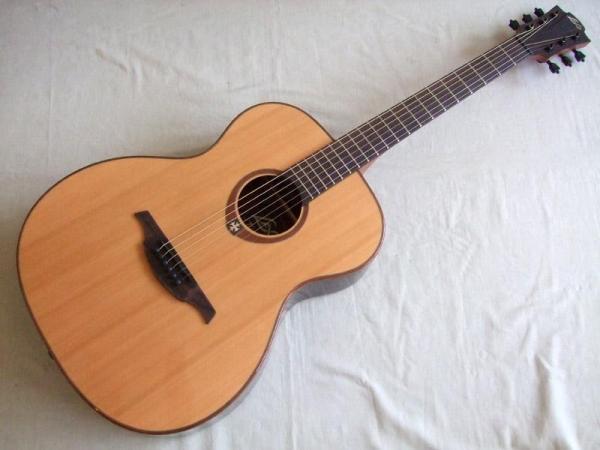 LAG Guitars T100A