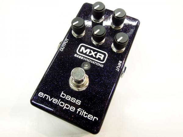 MXR ( エムエックスアール ) M82 Bass Envelope Filter
