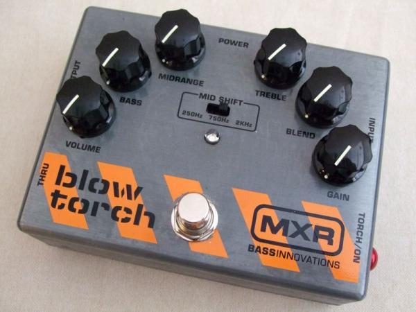 MXR ( エムエックスアール ) M181 Blow Torch Distortion