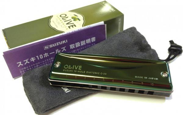 SUZUKI ( スズキ ) オリーブ C-20 ブルースハープ型 テンホールズ ハーモニカ 10穴 C調 他 カラー グリーン カバー 日本製 C20 OLIVE Blues Harmonica